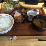 塩辛納豆&焼き魚定食  駿河屋賀兵衛
