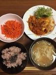 豚ひき肉と白菜のトマトチーズ焼きの献立