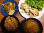 鶏モモ肉ネギ塩ダレかけと筍とふきの煮物の献立